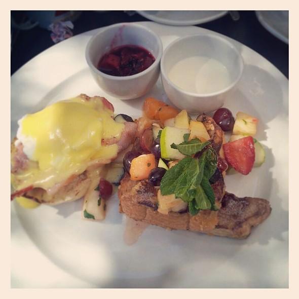 Breakfast Duo @ Salvationcafe