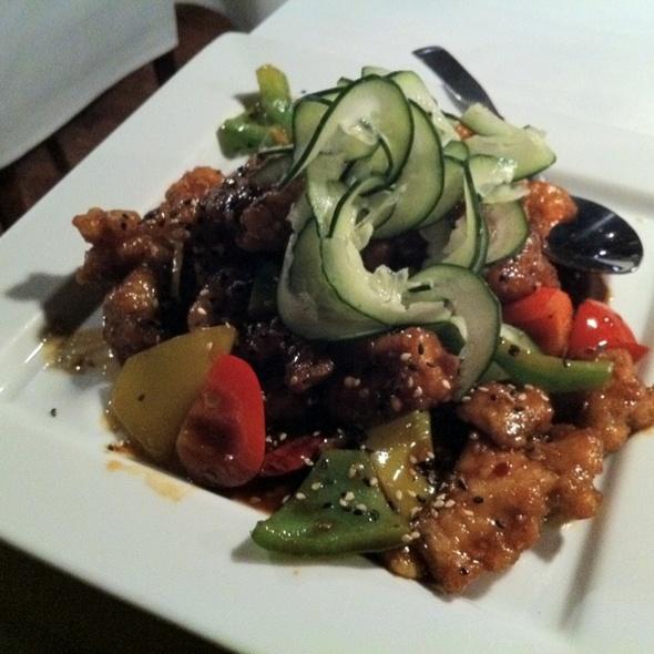 Sesame chicken @ Friendship Restaurant