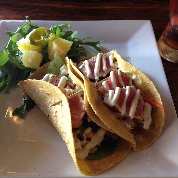 Ahi Tuna Tacos @ The City Beer Hall