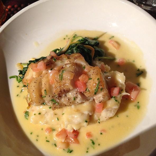 Pan Seared Cod Fish With Lobster Mash, Leeks, Yellow Squash, Citrus Beurre Blanc - Tir Na Nog Irish Bar & Grill - Times Square, New York, NY