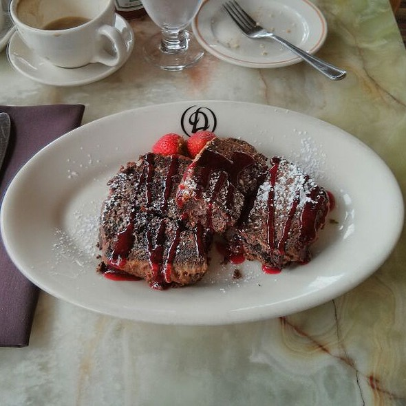 Chocolate French Toast - Daniel's Broiler - Leschi, Seattle, WA