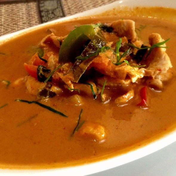Red Curry Chicken @ Million Thai Restaurant & Bar