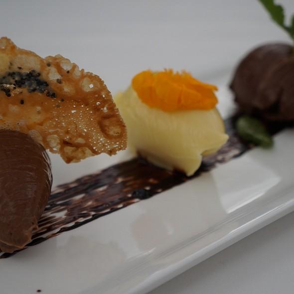 Triple Chocolate Dessert @ El Muelle