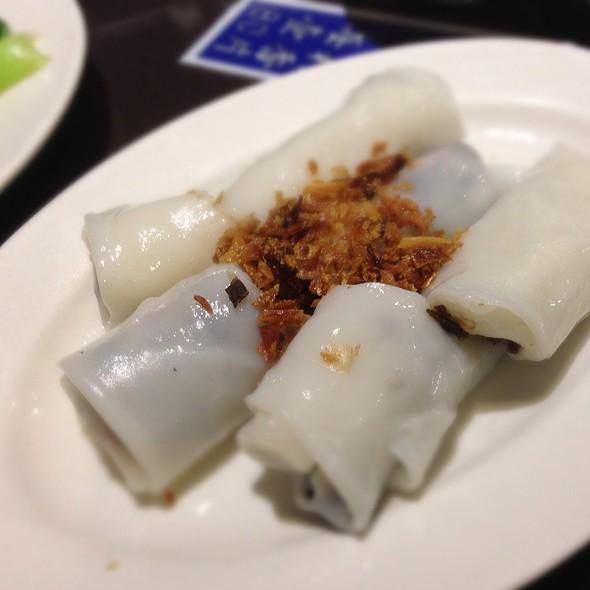Ground Pork Wrapped With Flat Pho  @ 翠園越南餐廳