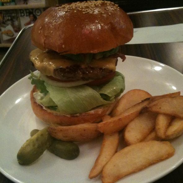 ABC Burger @ Reg-On Diner