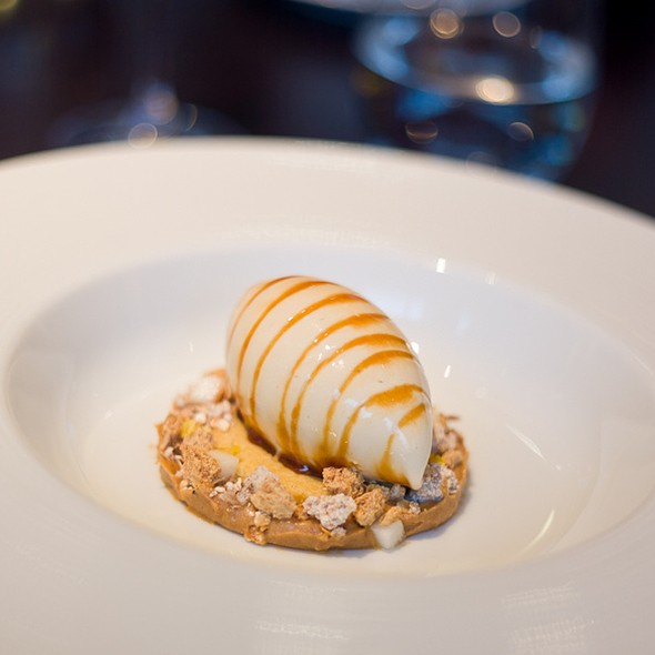 Brown Bread Ice Cream (c.1830) - Salted butter caramel & malted yeast syrup