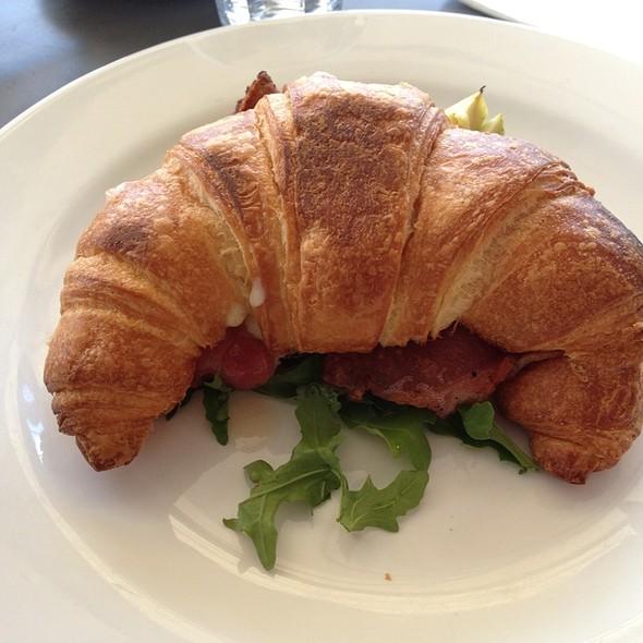 Bacon, Avocado And Cheese Croissant @ Barchino