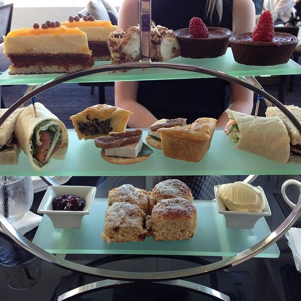 High Tea @ Sheraton Mirage Resort & Spa