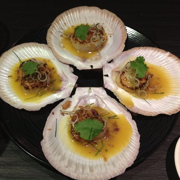Scallops In Half Shell, Yellow Curry, Thai Herbs And Fried Shallots @ Social Eating House and Bar