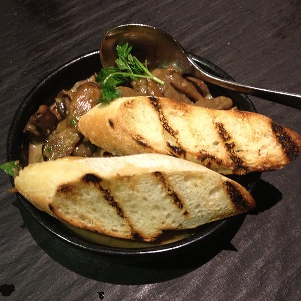 Roasted Mushrooms In Garlic, Thyme And Fino Sherry @ Social Eating House and Bar