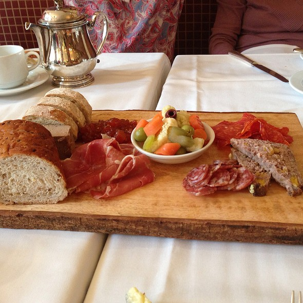 Chacuterie Plate - Noble, Niagara-on-the-Lake, ON