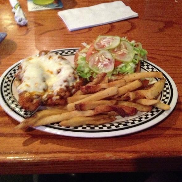 Hot Rod Chicken Sandwich @ Quaker Steak & Lube