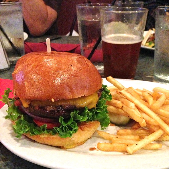 Cheeseburger @ The Abbey
