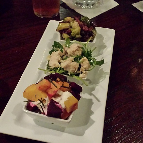 Micro Plates @ 75th Street Brewery