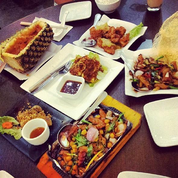 Birthday Dinner for Vivi @ Vietnam Kitchen