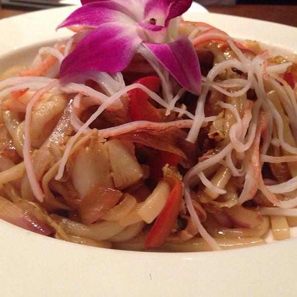 Seafood Yaki Udon - Mizu Japanese Steakhouse, Syracuse, NY