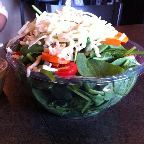 Spinach Salad @ Amici's Pizza