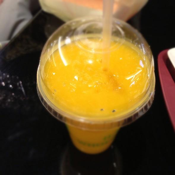 Mango Juice @ Taipei 101