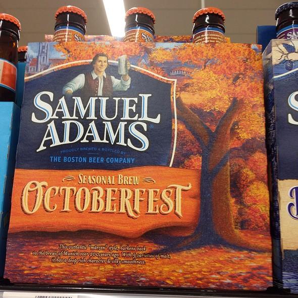 Samuel Adams Octoberfest Beer @ Samuel Adams Tastes Flint