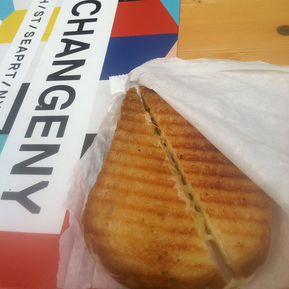 Milk Truck Classic Grilled Cheese