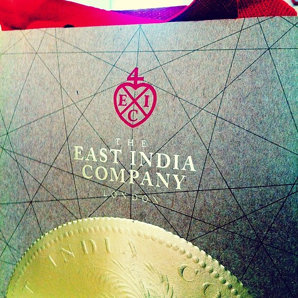 Stunning gift packaging design & slick foil embossing for a range of tea hampers from the East india Company. Beautiful shop on Conduit Street too - I could spend all day in here; dangerous to my wallet though!!  @ The East India Company