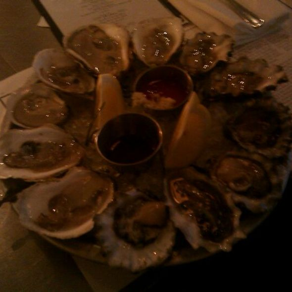 Dozen Oysters @ Mermaid Inn