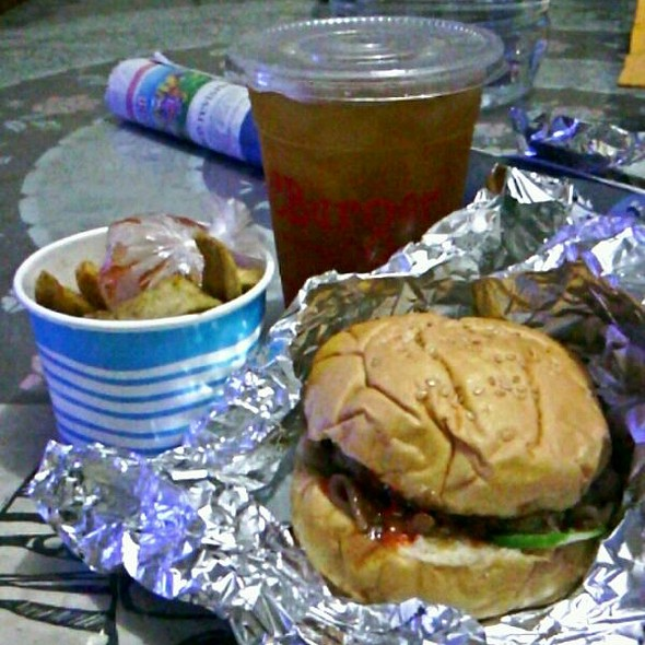 RC BBQ Bacon Burger @ RC Burger