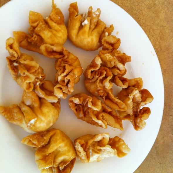 Cream Cheese Puffs @ Ginger Wok