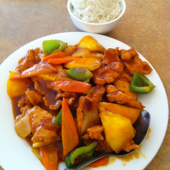Mango Chicken @ Ginger Wok
