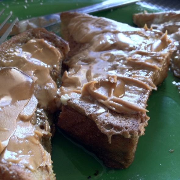 Peanut Butter French Toast @ Cafe 222