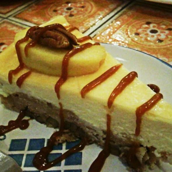 Apple Walnut Cheesecake @ Si Christina