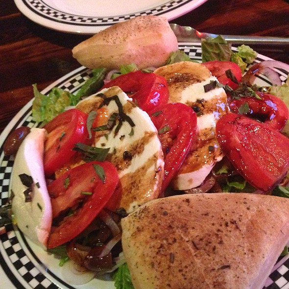 Fresh Mozzarella And Tomato Salad @ Tommy's Coal Fired Pizza