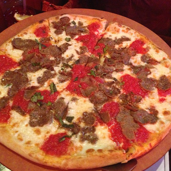 Tommy's Original Pie @ Tommy's Coal Fired Pizza