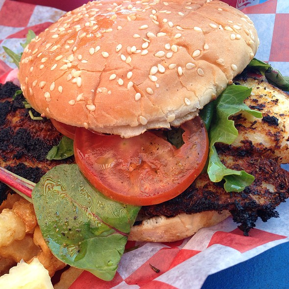 Blackened Fish Sandwich @ Crabby Rick's Shore Shack