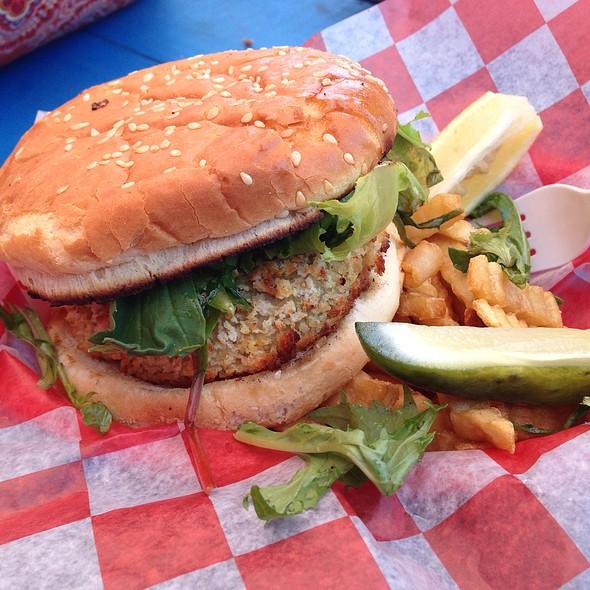 Crabby's Crab Cake Sandwich @ Crabby Rick's Shore Shack