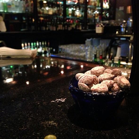 Smoked Almonds - Dawson's - Hyatt Regency Sacramento, Sacramento, CA