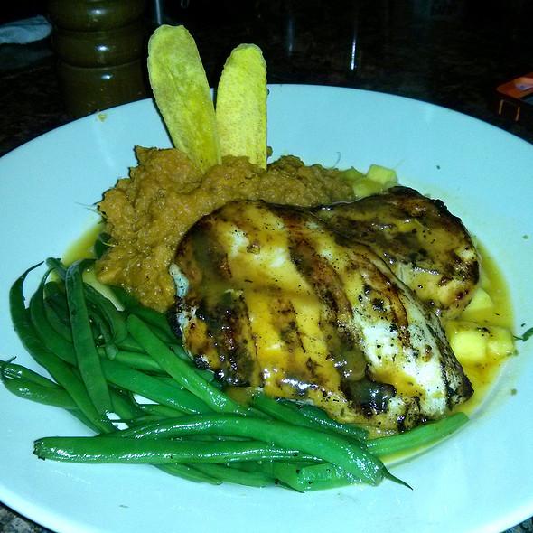 Bahama breeze menu wayne nj foodspotting for Key west fish and chicken