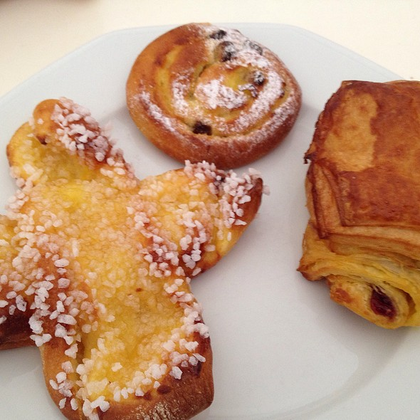 Pasteries @ Boulangerie Patisserie