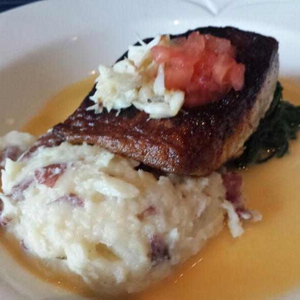 Blackened Grouper - Breakwater Restaurant & Bar - Beaufort, Beaufort, SC
