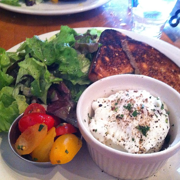 Poached Eggs @ Commonwealth Cafe