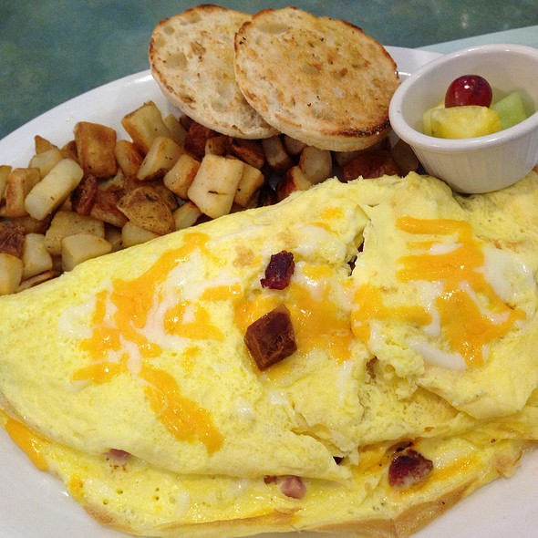 Big Daddy Omelette @ Turning Point