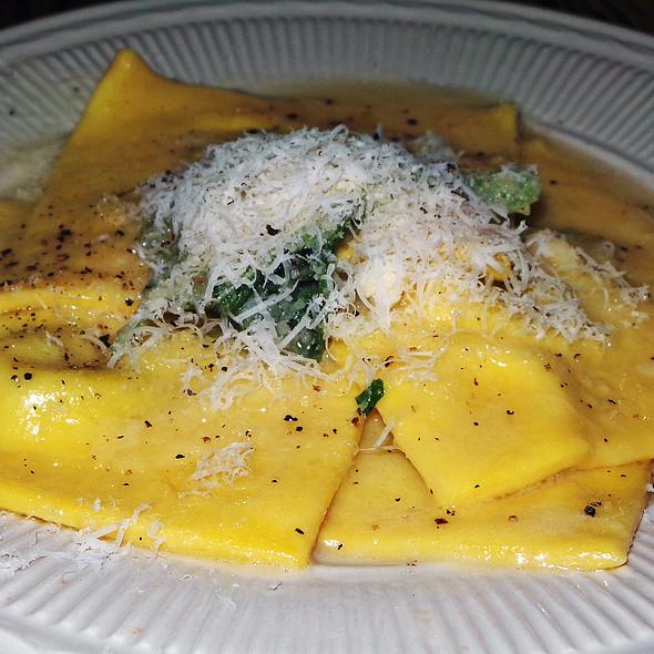 Ravioli di Ricotta con Burro e Salvia @ Bianca Restaurant