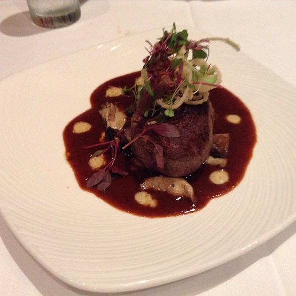 9 oz Filet Mignon @ The Palm Restaurant