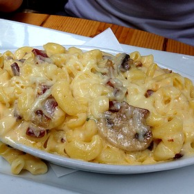 Mac & Cheese With Double Smoked Bacon And Sautéed Mushrooms