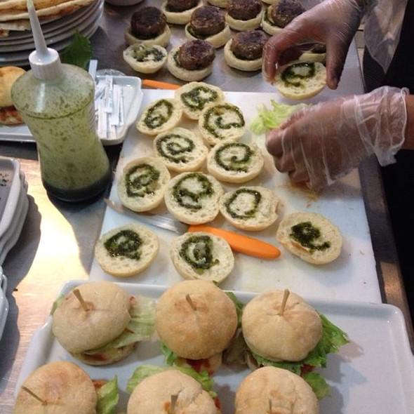 Mini Ciabatta Burger @ Desfrutti - Sabor & Saúde