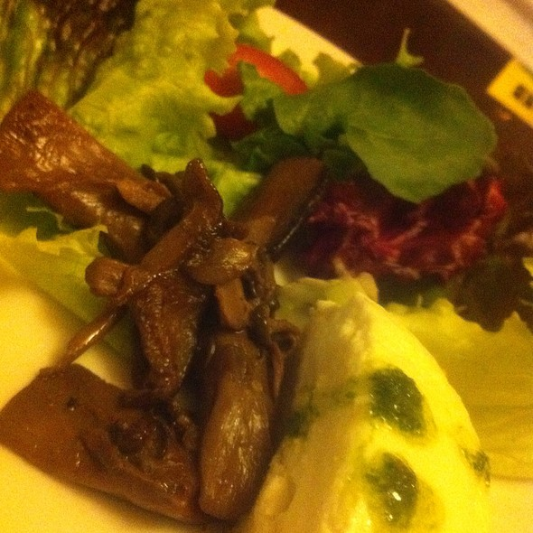 Salada De Queijo De Cabra @ Desfrutti