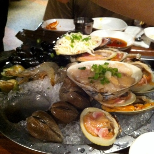 Sannakji Do-Pan (Seafood Platter) @ Sik Gaek Restaurant