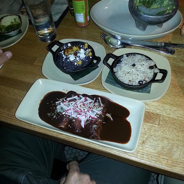 Enchiladas Mole Poblano