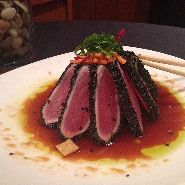 Crunchy Ahi Tuna @dinetampabay @grillsmith @ Grillsmith Restaurant