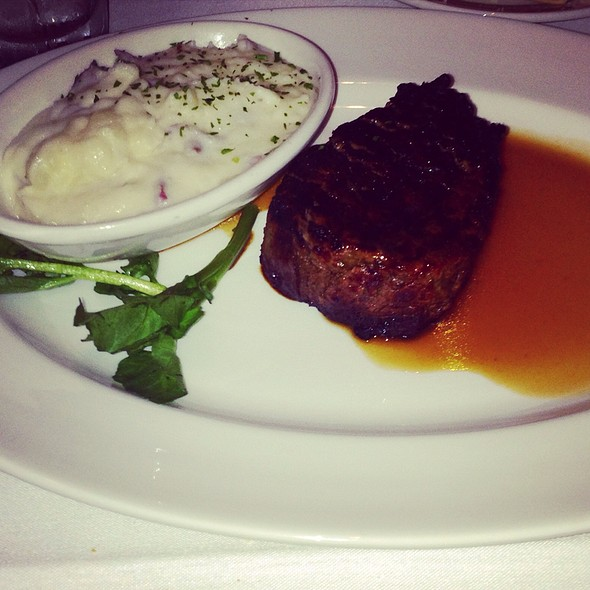 Filet Mignon & Sam's Mash Potatoes @ The Capital Grille